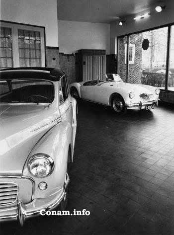 L 8936 MGA showroom Molenaar